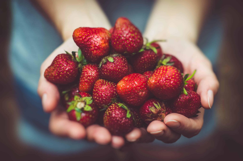 frutas beneficiosas para los dientes